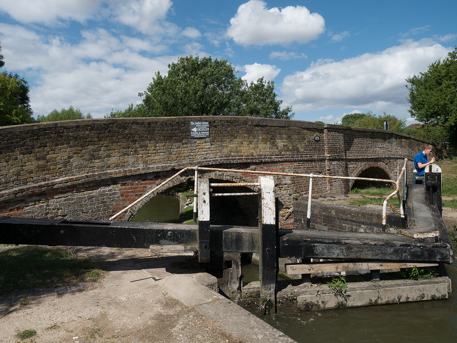 Lower Icknield bridge (note the unused archway)