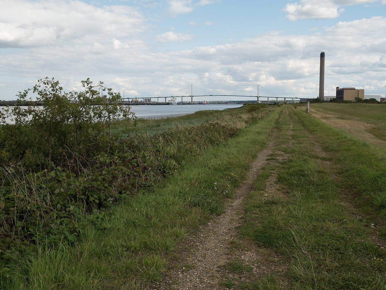 Heading eastwards, the QE2 bridge dominates the view