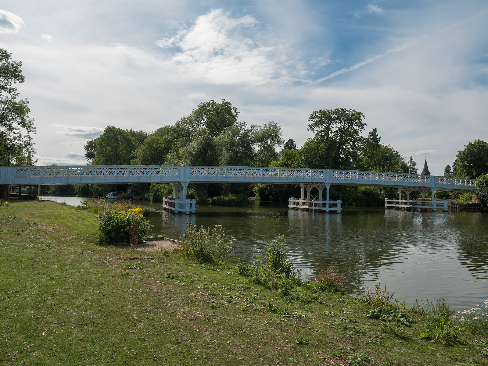 The bridge at Pangbourne