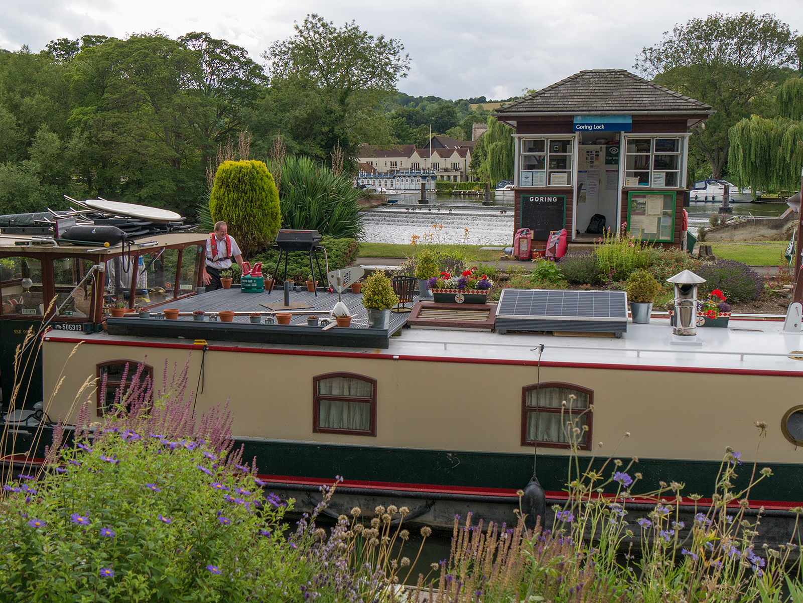Goring lock in use