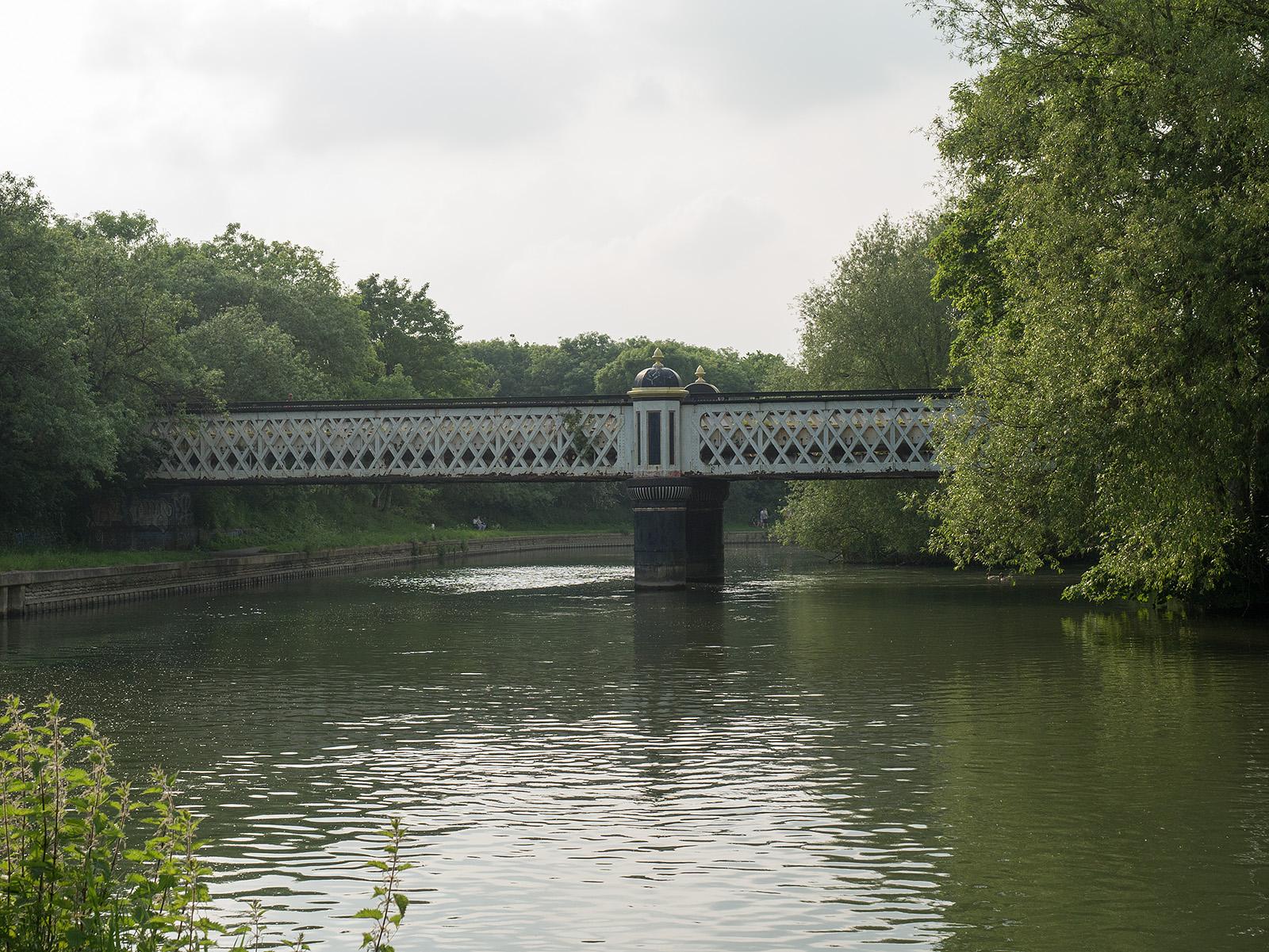 Footbridge near Castle Mill Stream