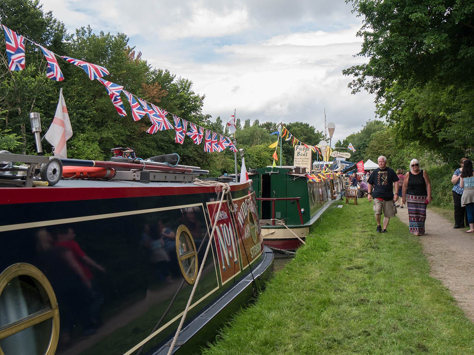 Cosgrove canal festival in full swing