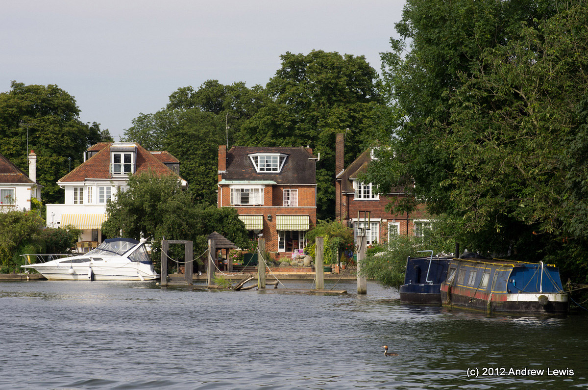 Shepperton Pubs Restaurants