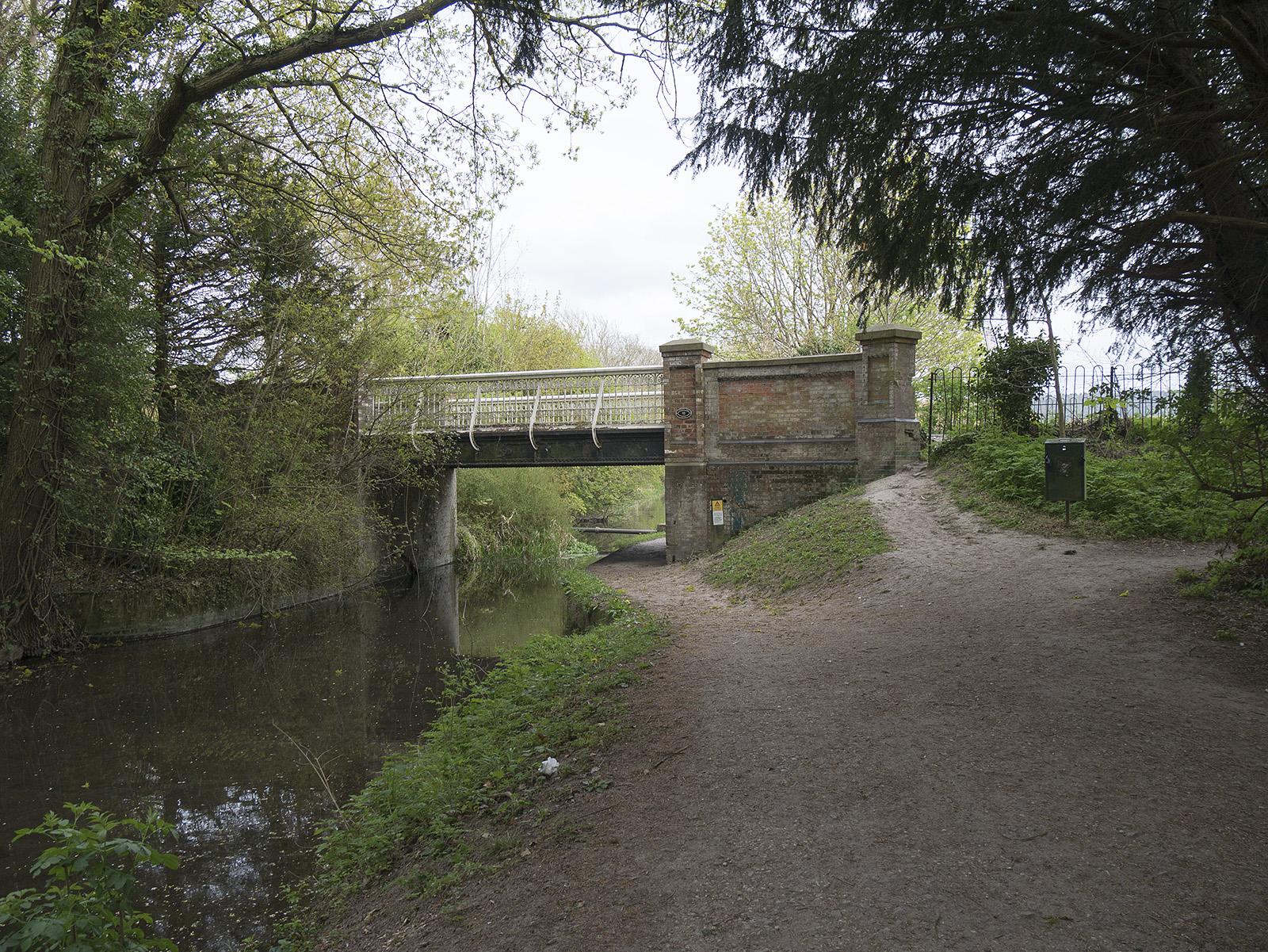 Perch bridge