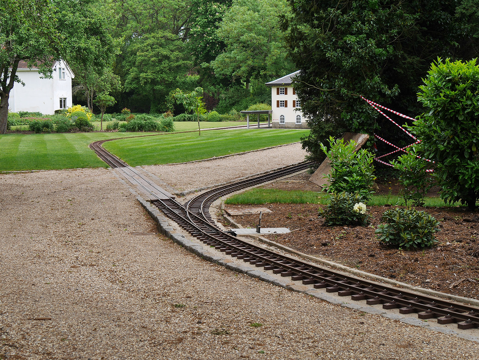 Narrow gauge railway at Thames-side Court