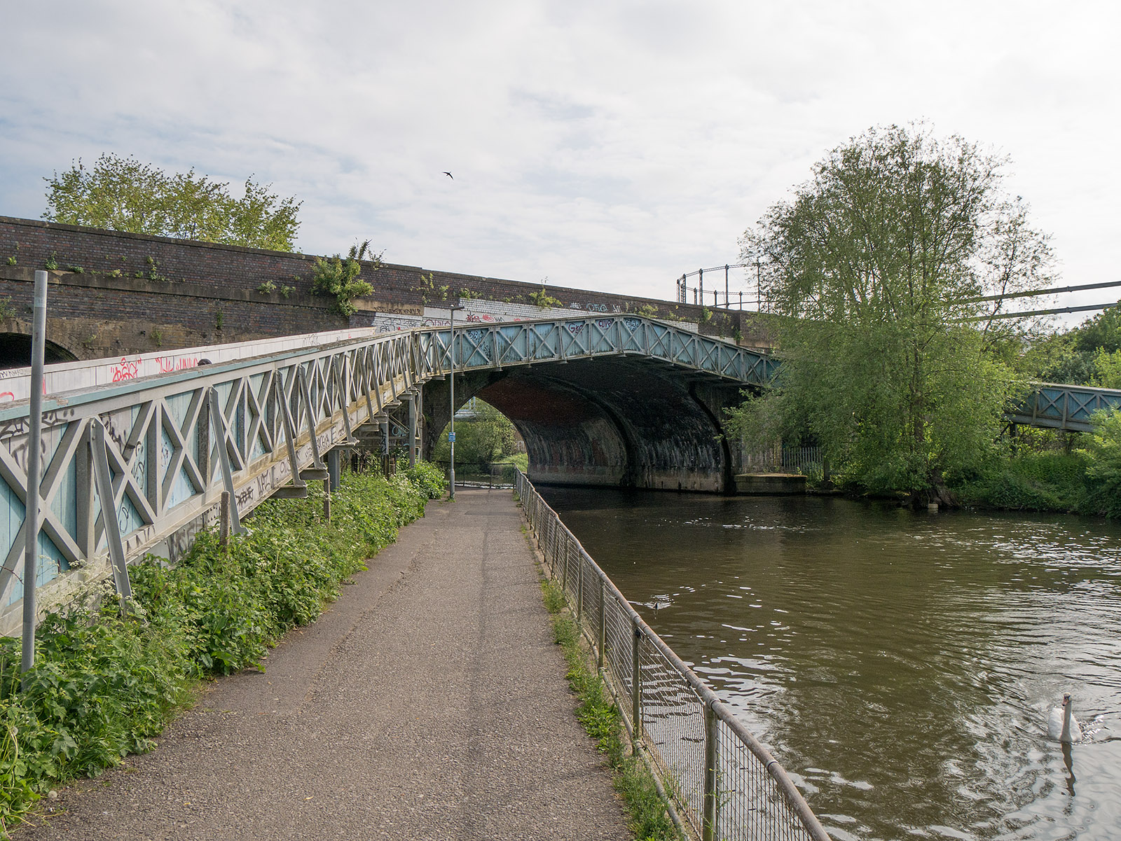 Entrance to the Kenet and Avon canal at Reading