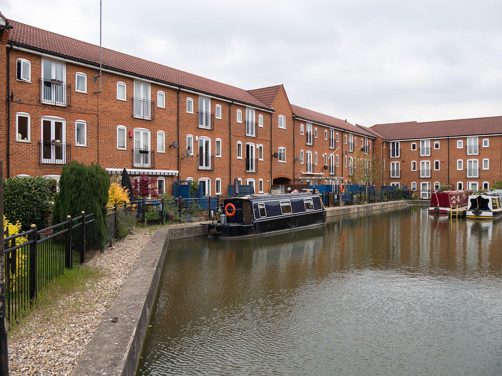 New private basin at Fenny Stratford