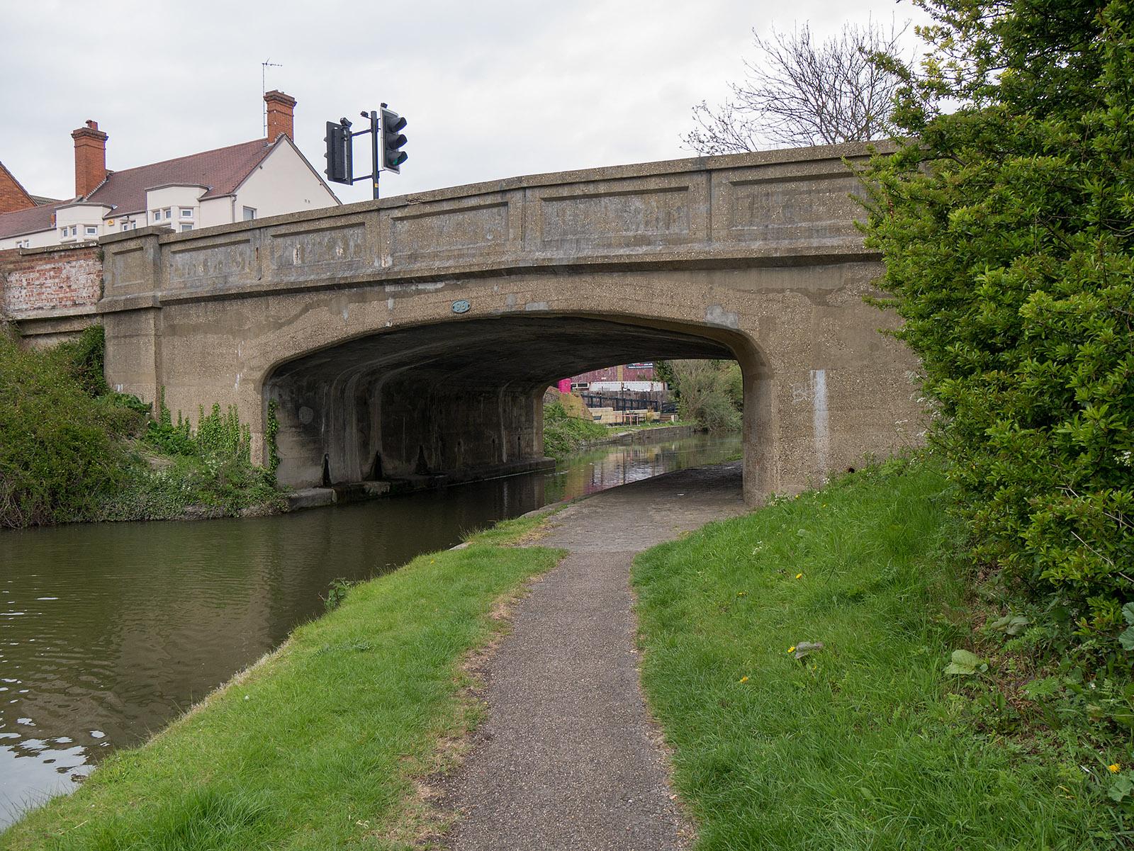 Bridge 96 at Fenny Stratford
