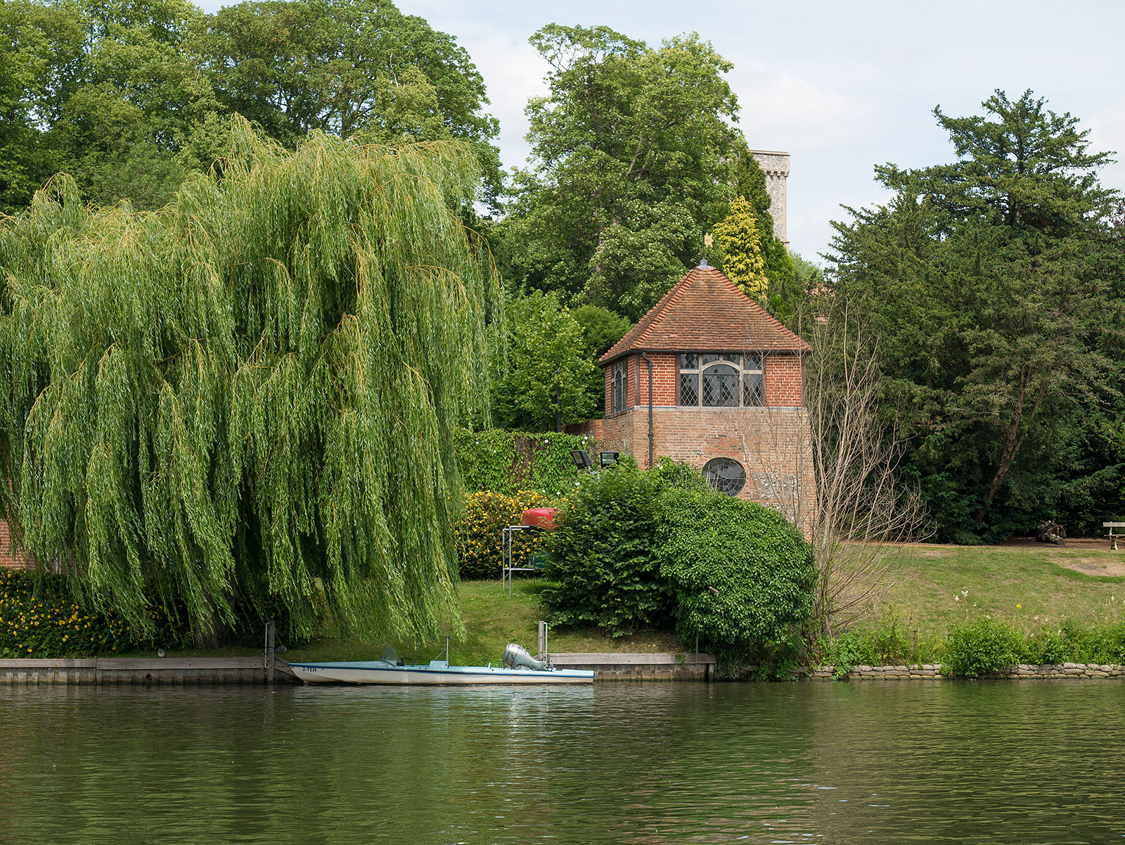House across the river at Caversham