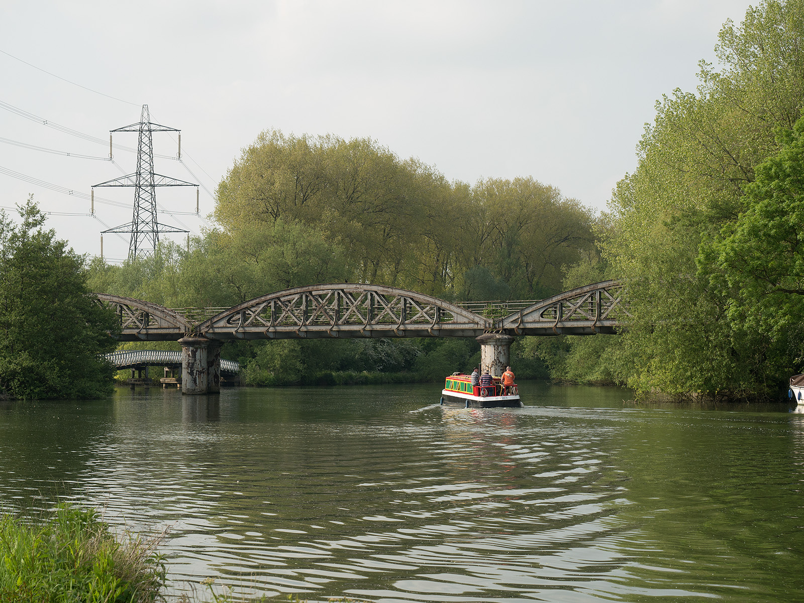 Kennington railway bridge