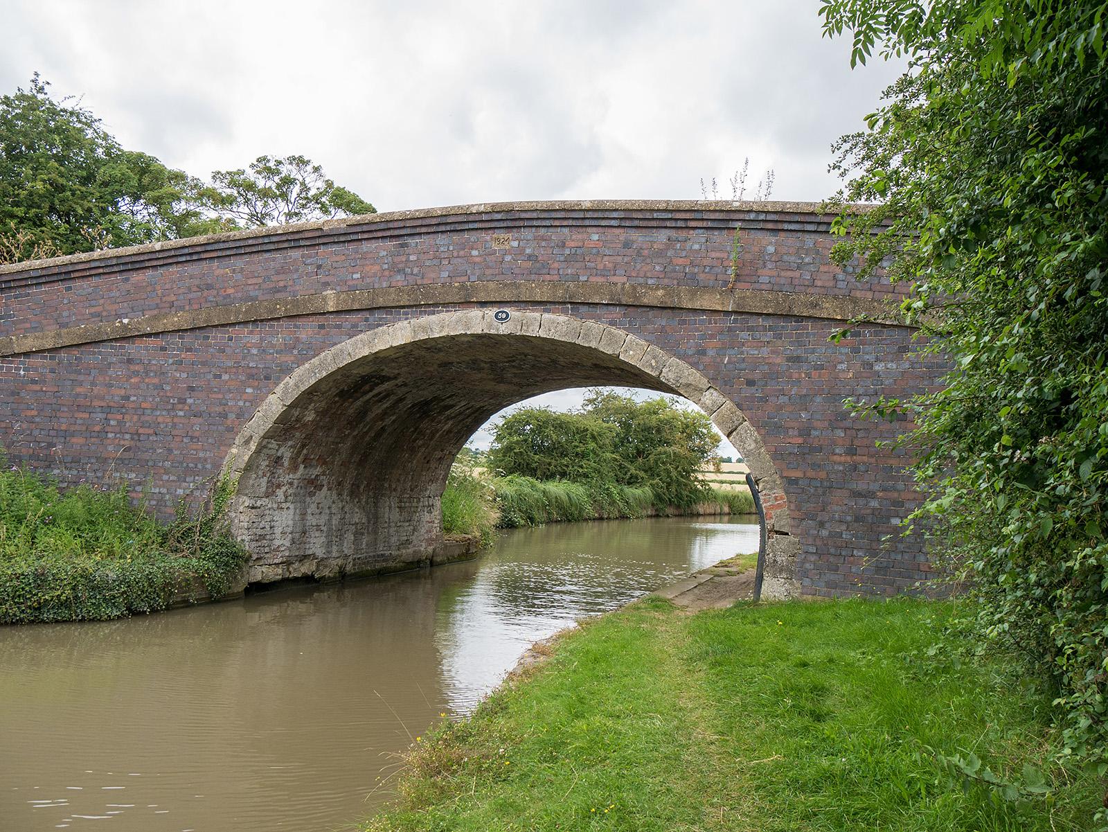 Bridge 59, north of Yardley Gobion