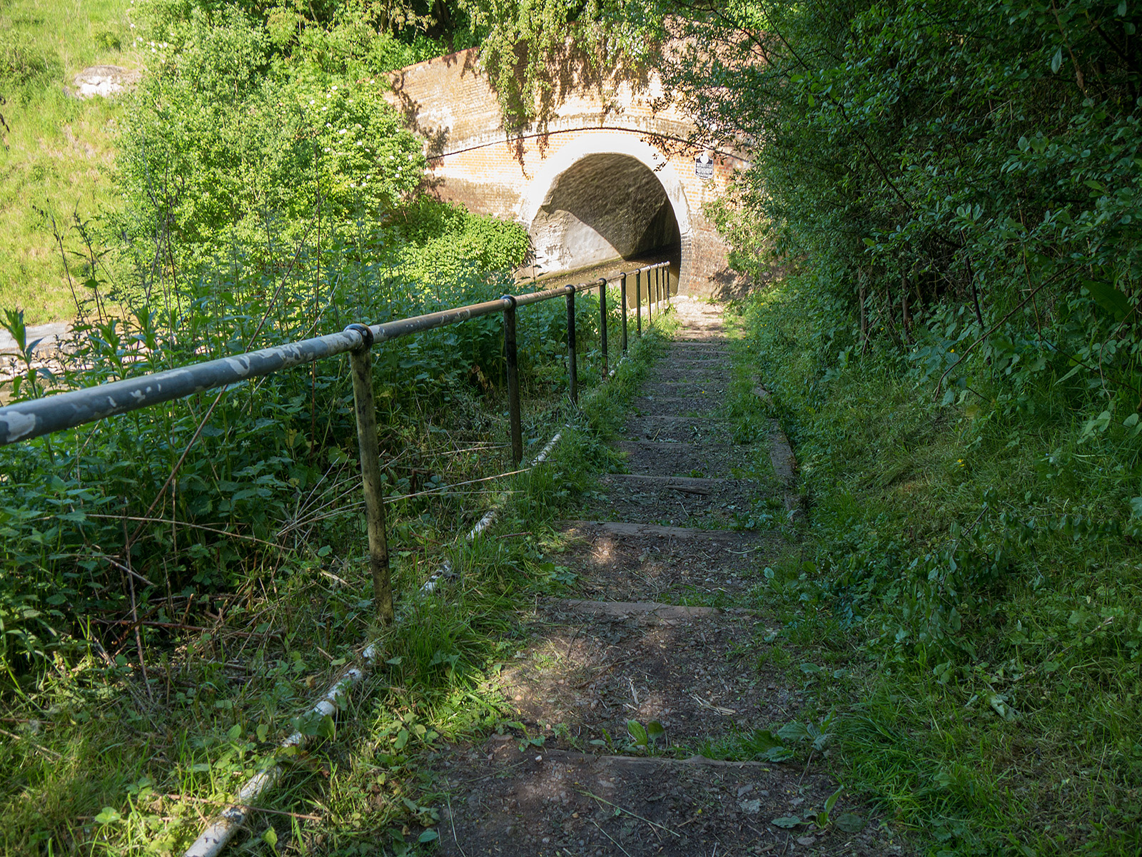 Final descent to the western side of the Braunston tunnel